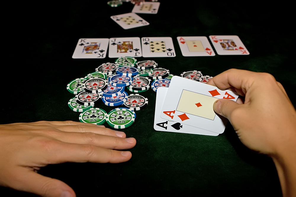 Poker limit hold'em